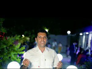 photo_2021-08-02_08-19-38-300x225 دانلود آهنگ لری جدید عباس محمدی به نام تیام
